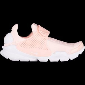 Shoes - Nike sock dart women's